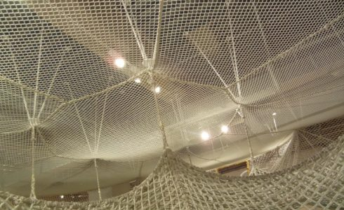 機械編みのネット